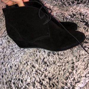 Nine West black heeled boots